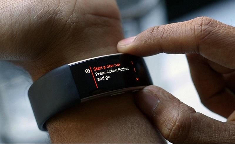 Фитнес трекер Fitbit
